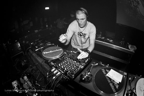 DJ Druid (UM014, photography by Lukas Broekhuis / DOING)